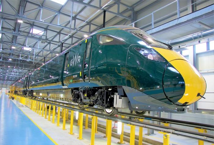 Hitachi_WoE-treno-02.jpg