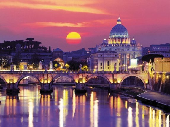 Roma-al-tramonto-Rome-information.jpg